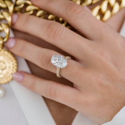 Oval-Pave-Yellow Gold-Engagement-Ring