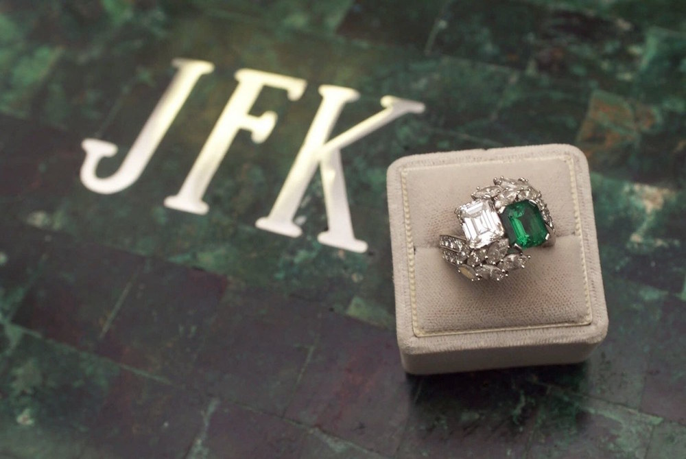 Jacqueline-Kennedy-JFK-Enagement-Ring